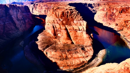 Horseshoe Bend by @desautomatas