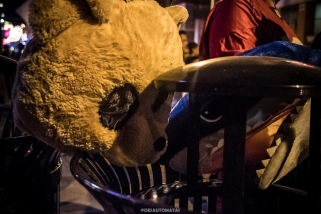 Bear and sharky - Las Vegas Halloween 2017 at Fremont Street, by Juan Cardenas @desautomatas