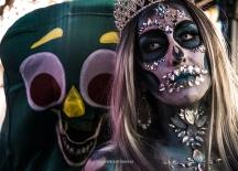 Cute couple - Las Vegas Halloween 2017 at Fremont Street, by Juan Cardenas @desautomatas