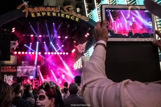 Is reality not enough anymore? - Las Vegas Halloween 2017 at Fremont Street, by Juan Cardenas @desautomatas