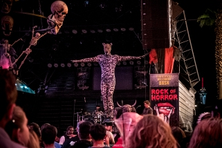 Equilibrium - Las Vegas Halloween 2017 at Fremont Street, by Juan Cardenas @desautomatas